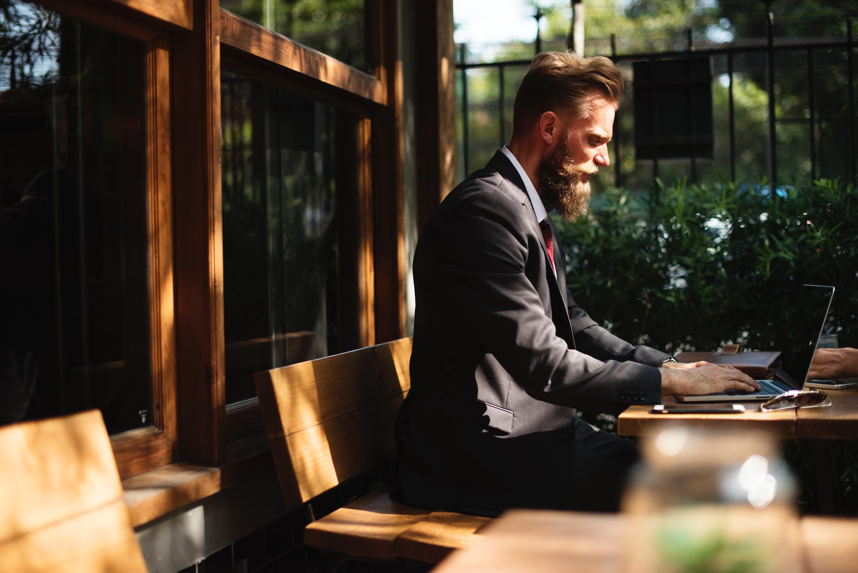 休日出勤に関するアレコレ(2)代休と振替休日の違いとは?